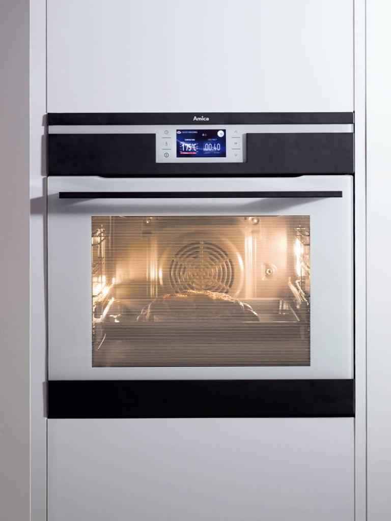 Wybór sprzętu AGD dla wygody i nowoczesnego designu kuchni