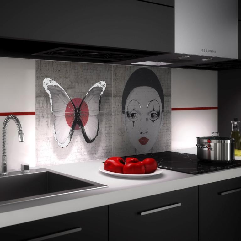 kuchnia czarna, białe blaty, Aranżacja ściany kuchennej z płytkami z grafiką motyl