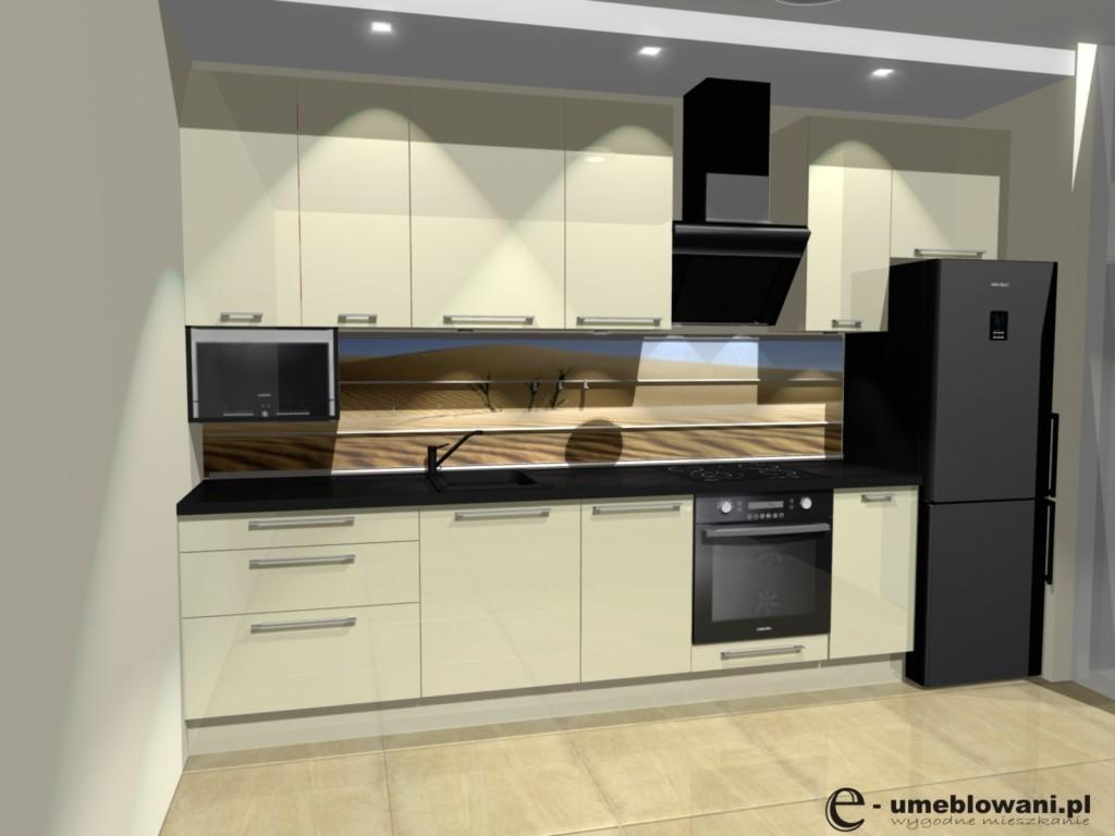 Meble kuchenne w wąskiej kuchni, szuflady blum, zmywarka 45, grafika na szkle, czarny blat fronty krem