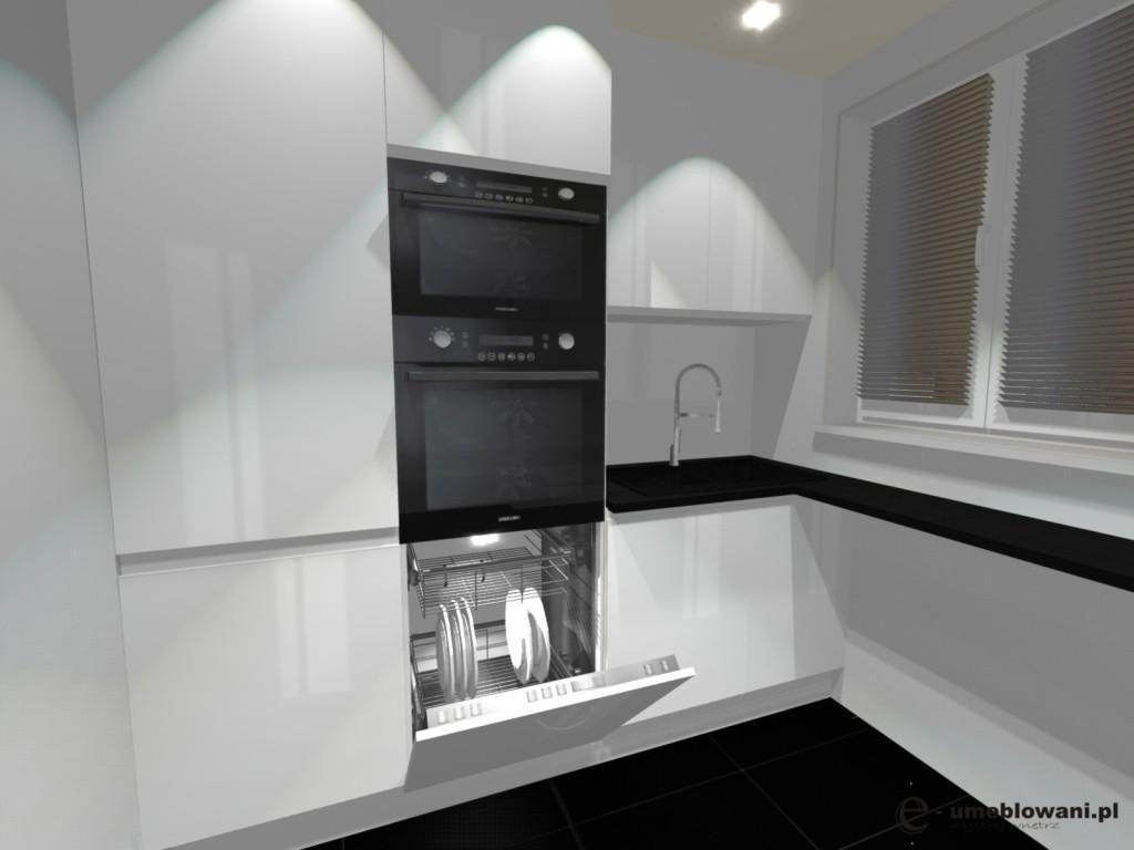 malutka kuchnia biała, czarne płytki, szafki do sufitu
