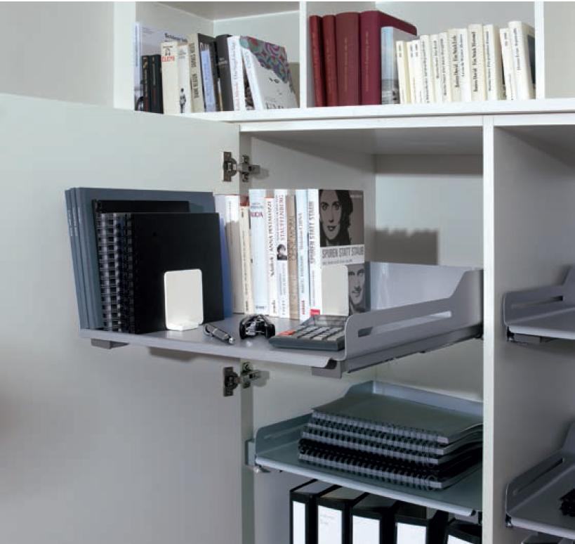 półki wysuwane w biurze
