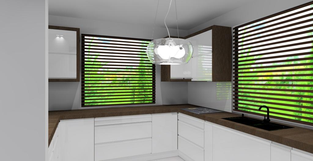 Kuchnia biała połysk, drewno, dwa okna, blat drewno, zlew pod oknem, szkło pomiędzy szafkami